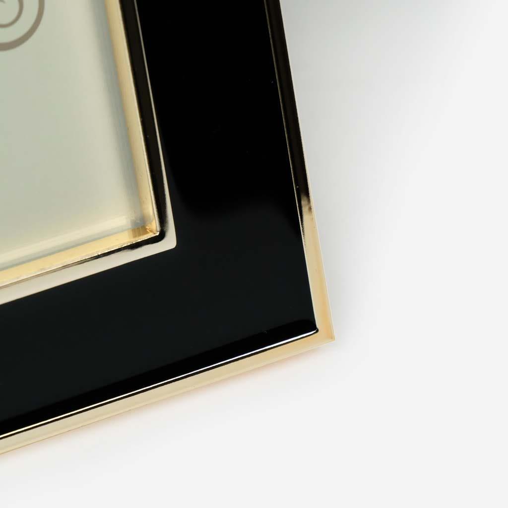 Moldura Lisa Preto e ouro 10x15 cm