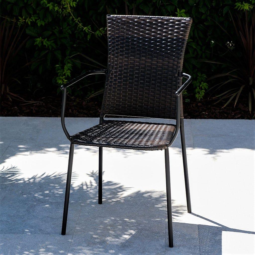 Cadeira com Braços Vime Preta