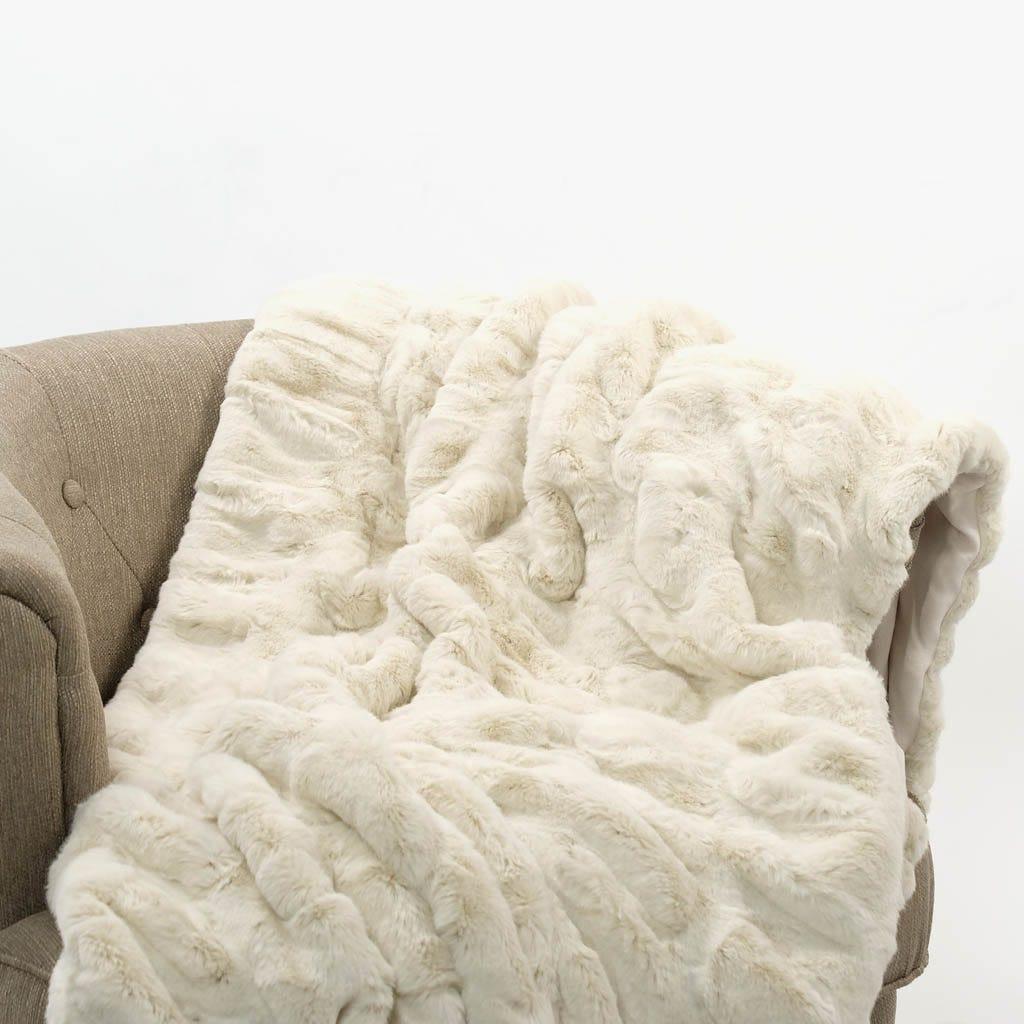 Manta Pelo Branco 145x170 cm